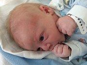 Rodiče Tereza a Martin Kadlecovi z Českých Budějovic mají radost z novorozeného syna Matěje Kadlece, který přišel na svět 19. 7. 2017 v 9.57 h. Vážil 3,84 kilogramu.