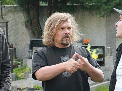 Petr Vachler, strakonický rodák, producent, scénárista a režisér podpoří letošní pátý ročník benefičního festivalu zdravé výživy, ochrany zvířat a veganství Veget Fest. Snímek je z natáčení filmu Tajemství a smysl života.