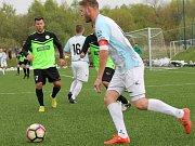 Zatímco většina týmů v kraji víkendové kolo vzdala, fotbalisté Rudolfova si kvůli počasí jen přeložili domácí duel s Jindřichovým Hradcem na Složiště. A neprohloupili - na umělé trávě v sobotu 29. dubna vyhráli 2:1 (1:1).