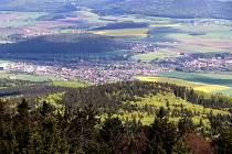 Horská chata Kleť,pohledy z rozhledny ,nedělní dopoledne záběry na českobudějovické a krumlovské rozhledy do nádherné jihočeské krajiny