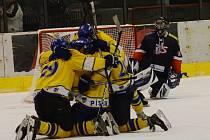 Radost na straně Písku, zklamání hokejistů David servisu. Tak vypadalo loňské finále. Kdo bude příštím vítězem krajské ligy?