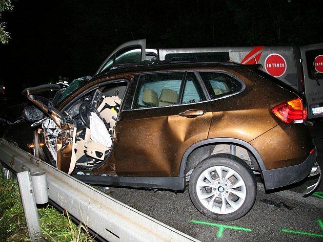 Vážná dopravní nehoda se stala v neděli večer u Staré Hlíny.
