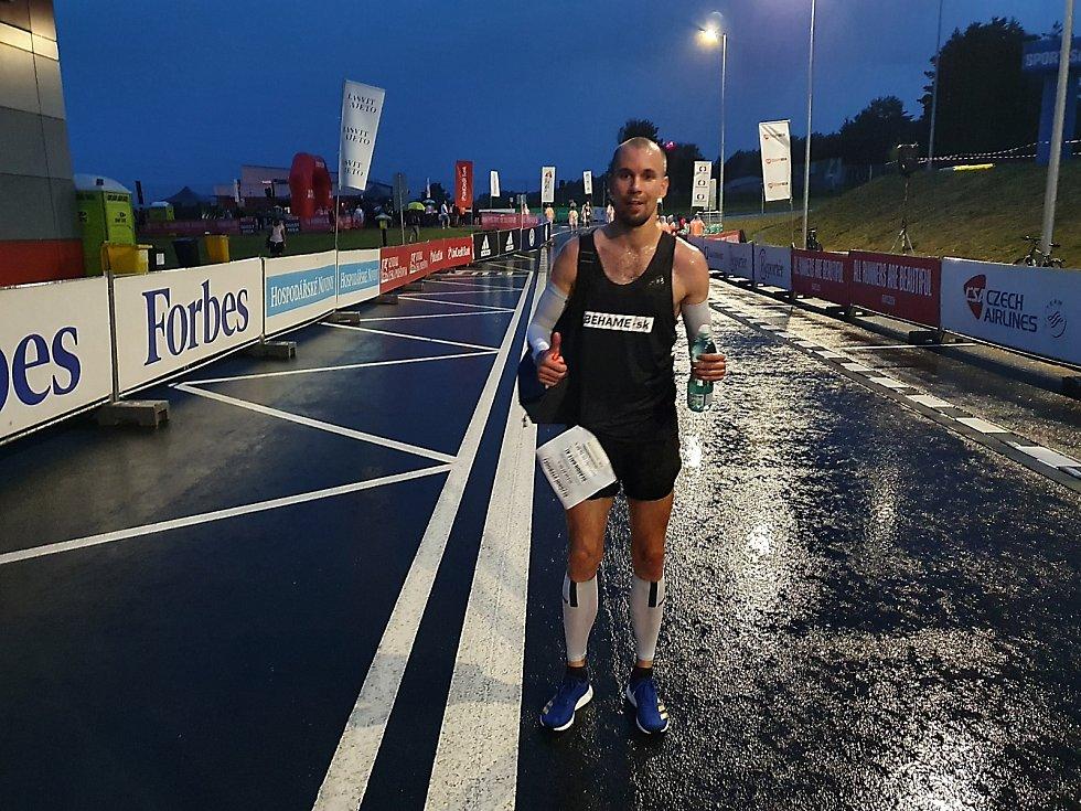 René Valent vyhrál na letišti v Č. Budějovicích běh na 5 kilometrů