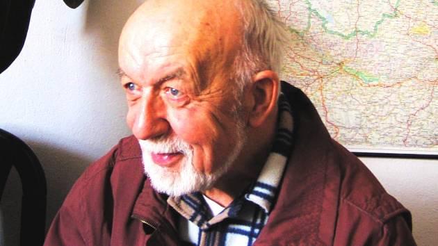 Spisovatel Věroslav Mertl.