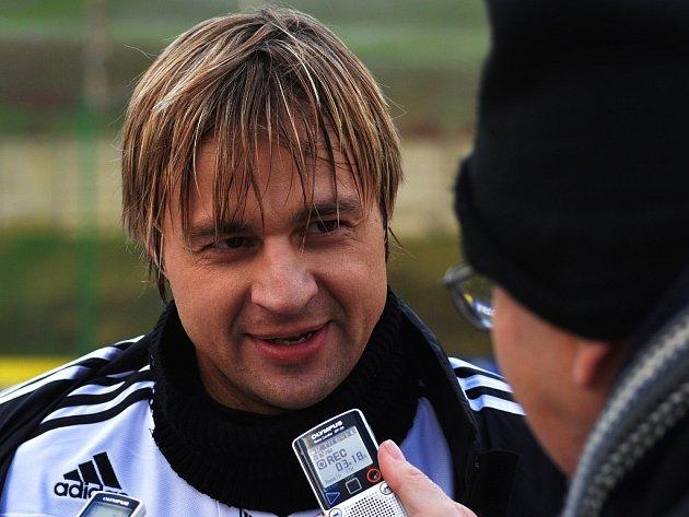 Jaroslav Černý odpovídá na dotazy Deníku jižní Čechy.