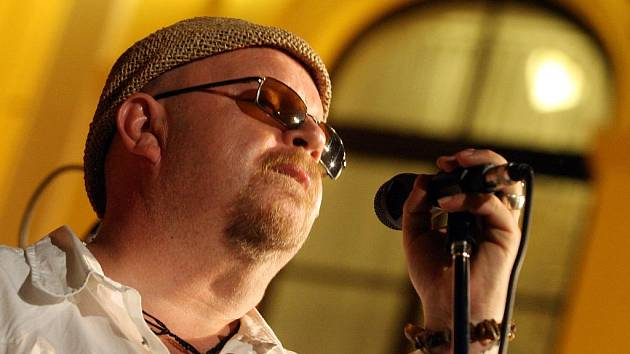 Skupina tento víkend představí své nové album Faÿt v Budějovicích a Krumlově. Na snímku zpěvák Karel Heřman.