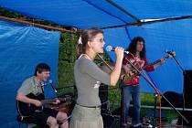 Návštěvníci koncertu se mohou kromě jiných těšit na vystoupení tria Zbyška Rašky.