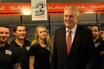Prezident České republiky Miloš Zeman zahájil 17. února návštěvu v Jihočeském kraji.