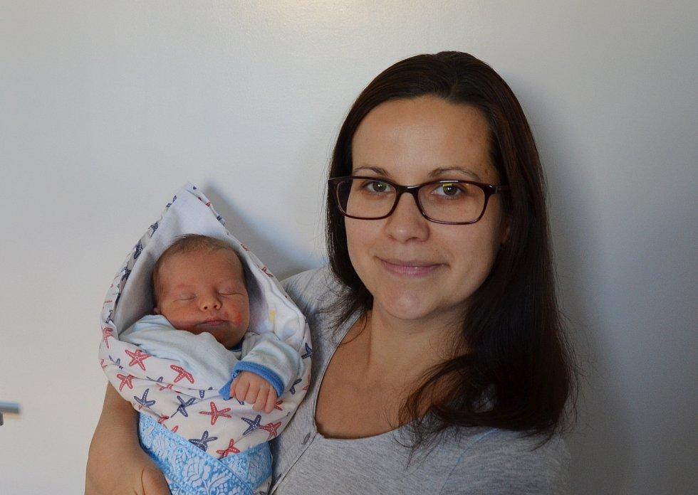 Václav Hošek z Týna nad Vltavou. Syn Lucie a Romana Hoškových se narodil 2. 12. 2020 v 8.33 hodin. Při narození vážil 3350 g a měřil 50 cm. Doma se na brášku těšila Štěpánka (2,5).