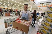 Potravinová sbírka v českobudějovickém Globusu
