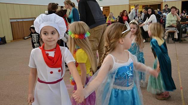 V sobotu se v Horní Stropnici uskutečnil dětský karneval.