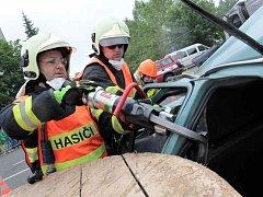 Soutěž ve vyprošťování zraněných účastníků nehod. Ilustrační foto.