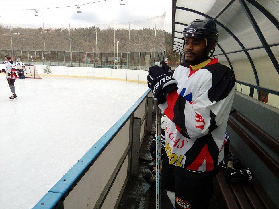 Fotbalisté Dynama České Budějovice hráli v Kuki aréně hokej