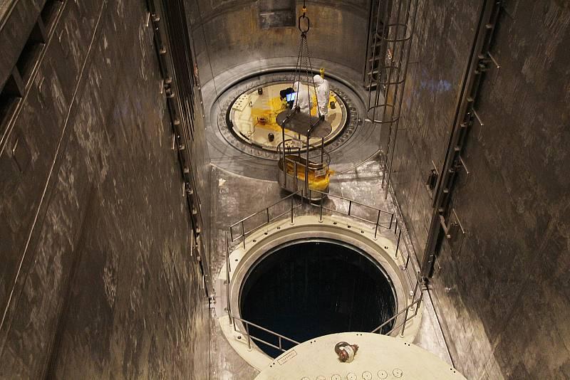 Cesta do reaktorového sálu Jaderné elektrárny Temelín.
