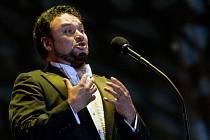 Mexický tenorista Ramón Vargas zahájí 15. července Mezinárodní hudební festival v Českém Krumlově. Zazpívá populární árie od 20 hodin v Pivovarské zahradě.