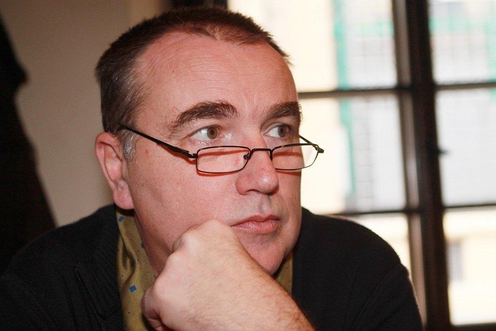 Jaroslav Platil (výtvarník).