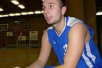 Rozehrávač Filip Kasparides mateřskou palubovku v Kubatovce neopustí, liga mužů se do J. Hradce stěhovat nebude.