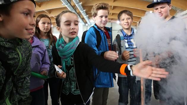 Děti na čtvrteční výstavě poznají, že s technikou mohou zažít mnoho dobrodružství.