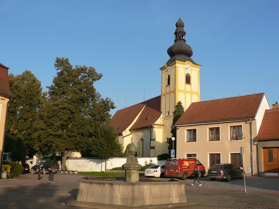 Ledenický kostel v roce 2021.
