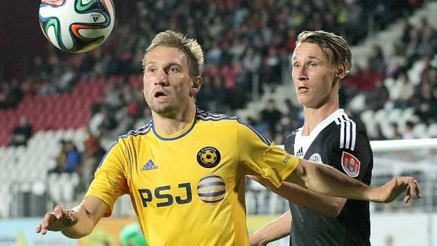 Pavel Novák podal v Jihlavě ve stoperské dvojici s Lengyelem spolehlivý výkon.s