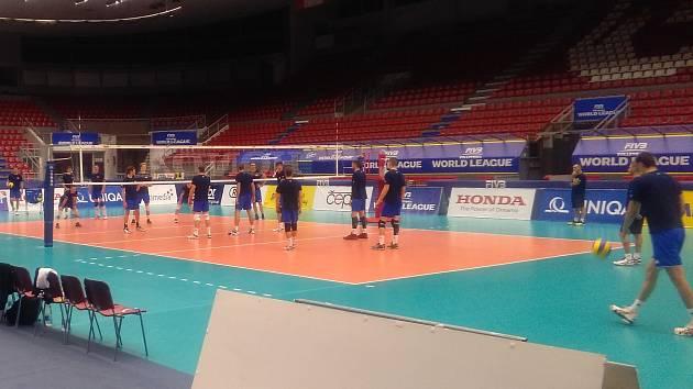 Český tým se připravuje v Budvar aréně