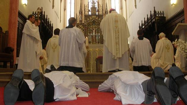 Diecéze má od soboty tři nové kněze.