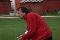Odvolaný trenér Robert Čepička kývl na nabídku vést po zbytek podzimní sezony dorostence SK Čtyři Dvory.