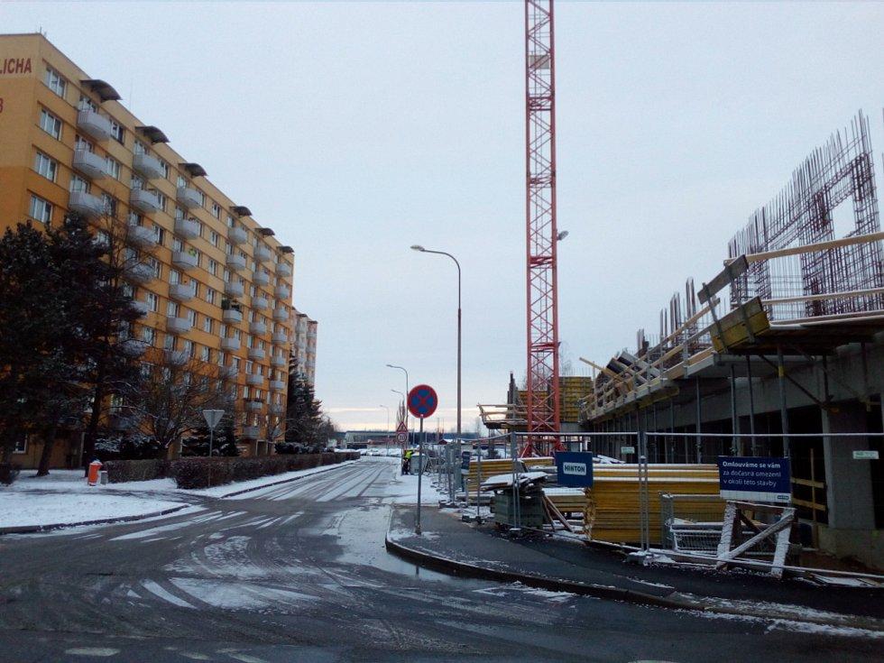 S novostavbou v ulici V. Talicha v Českých Budějovicích nesouhlasí někteří sousedé.