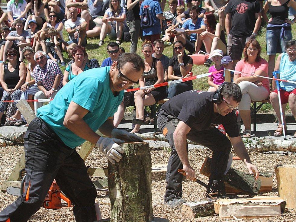 V Hojné Vodě hledali krále dřevorubců.