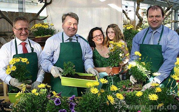 Už kvete bavorská rostlina roku.