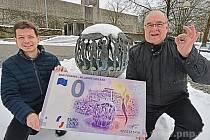 Ředitel Rudolf Weinberger vpravo.