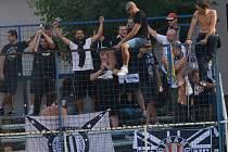 Fotbalisty Dynama v jejich premiéře přijeli do Vlašimi povzbudit i jejich fanoušci.