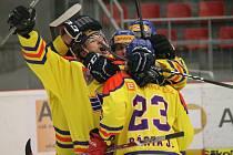 Juniorští hokejisté Motoru využili výhodu domácího prostředí, po boji udolali Kladno (3:1) a vedou ve čtvrtfinále 2:1 na zápasy. Doma hrají i v pátek, v neděli se pokračuje na Kladně.