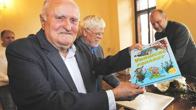 Kniha pohádek je pro  Jaromíra Sypala  první samostatnou publikací.