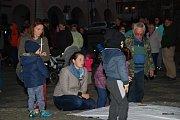 Sobotní protest proti povolebnímu vyjednávání v Týně nad Vltavou.