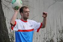 Jarní posila z Rudolfova Miroslav Novotný dal jediný gól fotbalistů Nemanic, kteří podlehli Velešínu.
