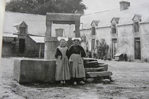 Rukopis Karla Hansy uložený ve fondech Jihočeské knihovny má výjimečnou dokumentární hodnotu. Ukazuje francouzský přístav Lorient, než byl zničen válkou.