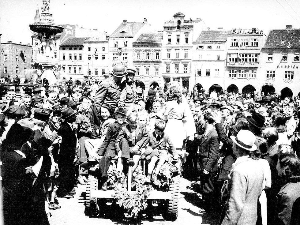 Do Českých Budějovic přijely tanky Rudé armády 9. května po 18. hodině