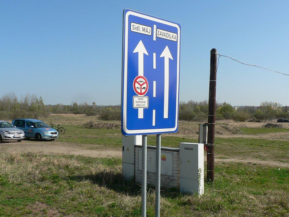 Českobudějovická sídliště Máj a Vltava spojila v roce 2018 nová silnice. Snímek ze zahájení stavby.