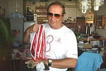 NEJLEPŠÍ. Šedesátiletý Milan Koklar z Českých Budějovic, jenž uspěl na Lormolympiádě, hodlá trénovat a uspět i na další olympiádě.