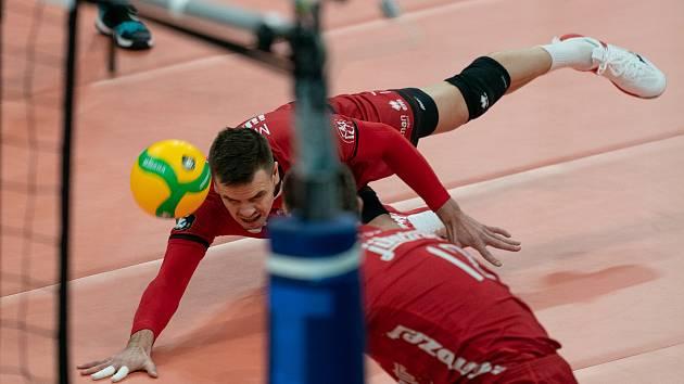 Zaplněná hala sledovala zápas Ligy mistrů mezi Jihostrojem České Budějovice a Trentinem.