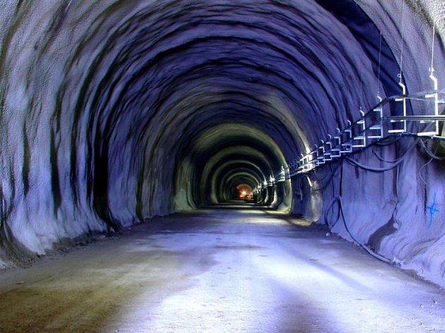 VElfi tunelu.