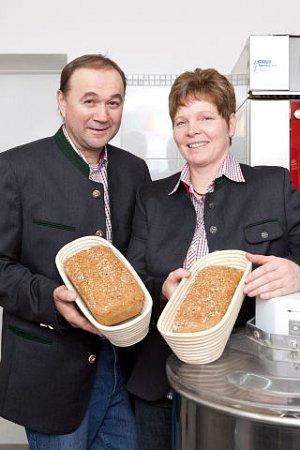Domácí chléb od Gruberů.