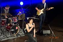 Zpěvačka Marta Kubišová koncertovala 1. listopadu, v den svých 75. narozenin, v rodných Českých Budějovicích. Koncert v rámci turné Marta  Naposledy byl jejím posledním.