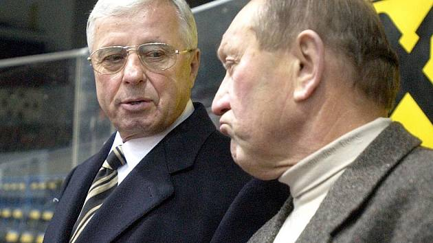 Kolegové. Luděk Bukač a jeho kolega Neveselý.