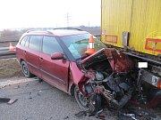 Při nehodě byli zraněni lidé v toyotě.