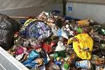 Starou betonovou šachtu zanesenou odpadem zlikvidovala v Českých Budějovicích společnost FCC ve spolupráci s městem.
