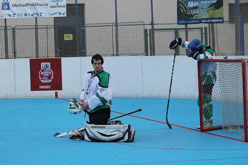 Na Pedagogu se bude hrát první liga v hokejbalu.