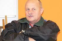 Miroslav Řežáb se na okresním přeboru dostal v singlu mezi nejlepší tři. Porazil mj. Dvořáka a Sassmanna, Kvašnovský mu skrečoval.