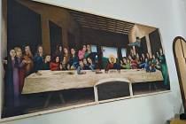 Poslední svačina. Obraz visí na stěně ve 2. A na Gymnáziu Jana Valeriána Jirsíka.